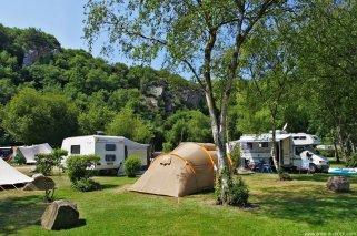 "Campamento infantil: ""Camping Arbizu Ekokanpina"" en Navarra"